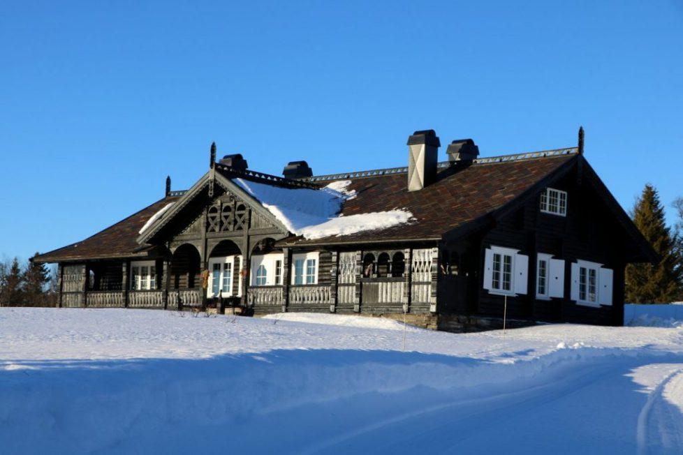 Bjorkasen hunting lodge in Gala property-015